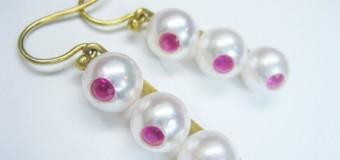 フォーマルな真珠の珠をこんなピアスに…